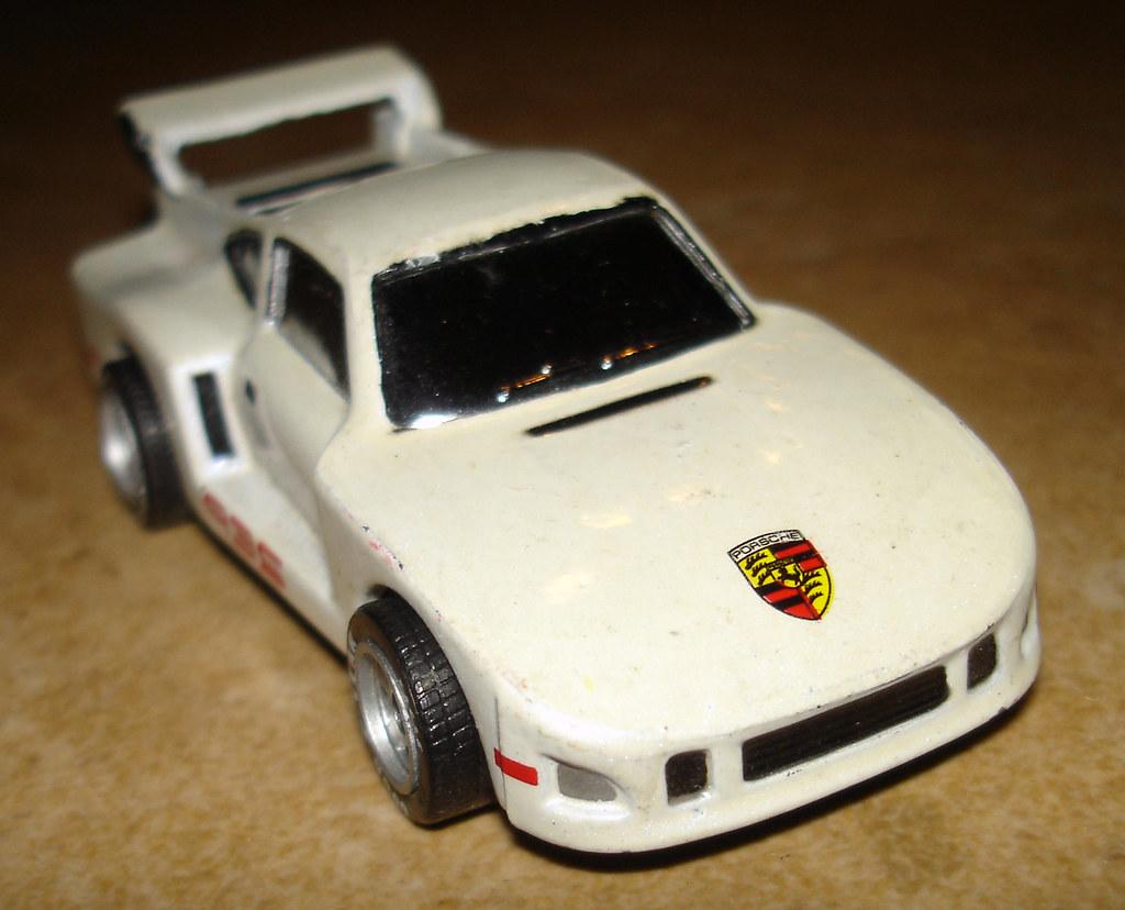 Porsche Race Car Hot Wheel