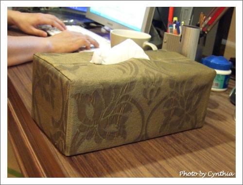 工作桌的衛生紙套