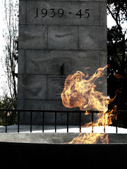 LEST WE FORGET (bullseyephoto) Tags: fire shrine melbourne ww2 momentomori bullseyephoto coolestphotographers