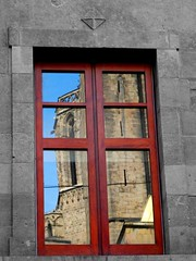 A mirror of time (MarcelGermain) Tags: barcelona old blue red sky colour reflection building window glass stone architecture geotagged reflex nikon europe cross cathedral gothic catalonia medieval finestra quarter catalunya selective barri gtic blueribbonwinner d80 diamondclassphotographer flickrdiamond marcelgermain twtmesh230838
