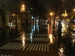 rain night light gobelins paris13 (jili'm) Tags: light paris rain night paris13 gobelins