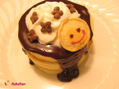 Happy pancake)