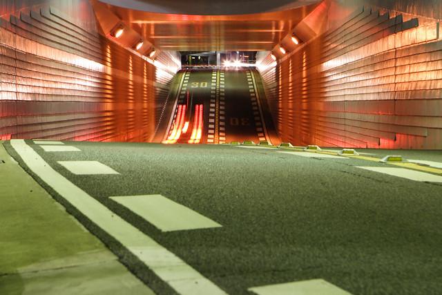 短距離トンネル