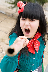 Akina (swanky) Tags: portrait people woman cute girl beautiful beauty canon asian eos md model women pretty taiwan babe belle taipei 台灣 台北 tamron 2008 taiwanese image01 人像 30d 美女 外拍 小貓 akina a16 漂亮 美麗 1750mm 貓兒 tamronspaf1750mmf28xrdiiildasphericalifmodela16 陳思瑾 emiruemirue ak小貓 數位遊戲王