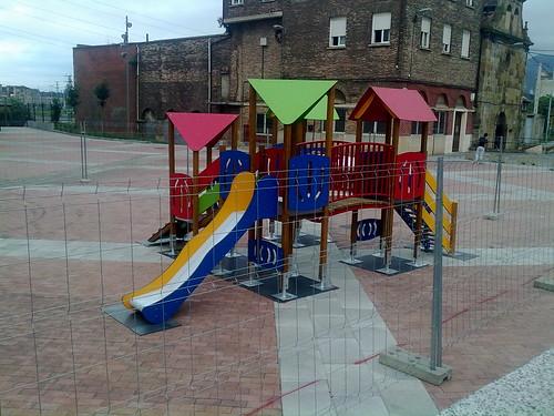 Parque Intantil. Plaza Burtzeña III.Barakaldo