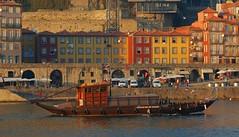 Um passeio no Douro (anacm.silva) Tags: portugal porto douro gaia oldcity oporto rabelos ribeira worldheritage riodouro centrohistrico goldenmix ilustrarportugal srieouro