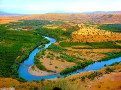 River (kezwan) Tags: nature kurdistan 1on1 kurd damncool naturesfinest blueribbonwinner kezwan mywinners superbmasterpiece diamondclassphotographer megashot naturemasterclass