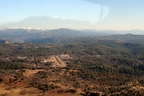 Pine Mountain Lake Airport (E45)