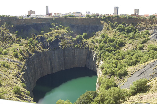 the biggest man made hole in the world