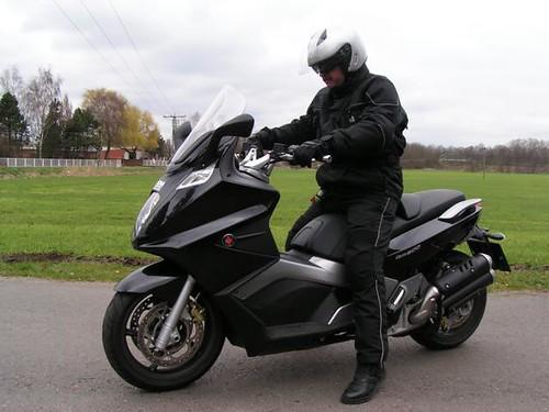 scooter gilera gp 800