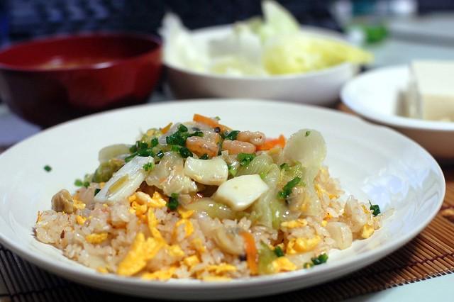 シーフードミックスで海鮮あんかけチャーハン作りましたよー。 #gohan