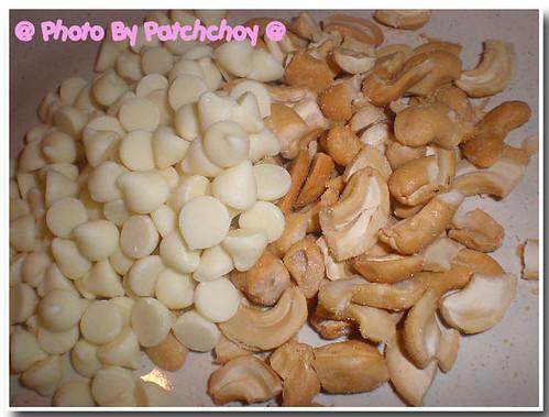 white choc cookie7