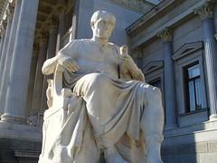 Divino Emperador Cayo Julio César