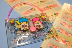 Little Twin Stars vintage sticking plasters' set (My Sweet 80s) Tags: hk hellokitty sanrio 80s 70s patch kiki stationery bandaid lala lts cerotto madeinjapan littletwinstars stickingplaster vintagestationery anni80 kikilala sanriovintage kikielala cartoleriavintage patchset cerottivintage setcerotti