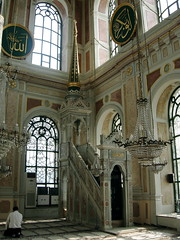 Ortaky mosque, Istanbul, Turkey (balavenise) Tags: architecture turkey muslim islam prayer religion istanbul mosque bosphorus 1854 mosque neobaroque mesquita ortaky balyan bykmecidiyecamii sultanabdlmecid