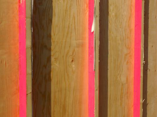 Fluor Pink & Wood