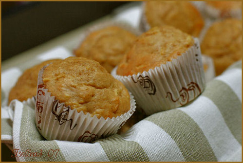 low fat banana  apple muffins
