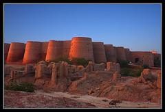 Sunset at Derawar Fort (Irfan Mirza) Tags: travel sunset building sunrise canon fort tourist historical irfan mirza sialkot derawar xti 400d amazinglyaxed