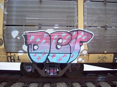 def graffiti (are_you_def) Tags: blue ny graffiti harbor fat detroit trains watermelon cap def krylon frieght gumdrop rusto