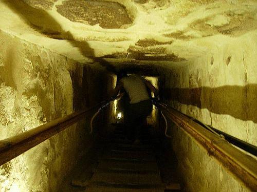 Pirámide Keops, Giza, Egipto. Interior
