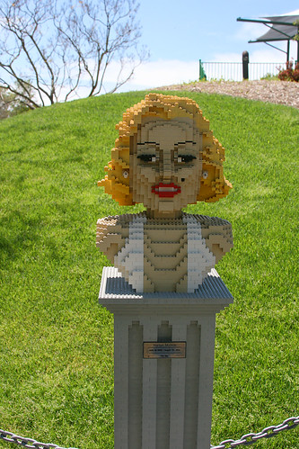 lego marilyn with a few too many boobs