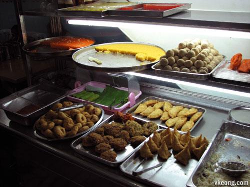 Ananda-Bahwan-food