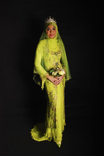 Mak's Pingahz Wedding Dress