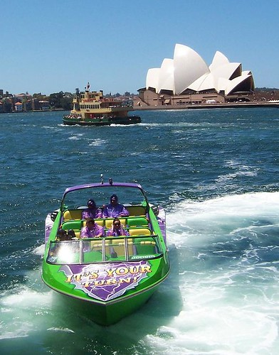 Opera House, ferries & tourist boat