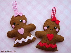 Shop update: gingerbread girls (she.likes.cute) Tags: christmas pink girls red heart handmade decoration gingerbread craft happiness felt kawaii ribbon shelikescute