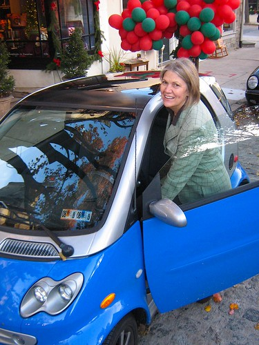eileen longacre smart car2.jpg