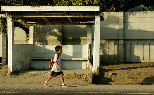 zambales school days education commuting boy rural Pinoy Filipino Pilipino Buhay  people pictures photos life Philippinen  菲律宾  菲律賓  필리핀(공화국) Philippines