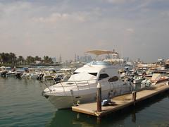 ::+::ميناء الجمارك على كورنيش الدوحة::+:: (تناهيد ليل) Tags: البحر الكورنيش الدوحة مراكب الميناء الابحار اليخت