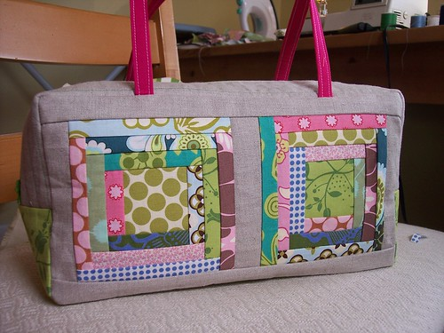 Log Cabin Handbag front