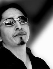 Candid portrait (Fernando Farfan.ca) Tags: portrait musician black candid ottawatulipfestival alternativeportraits tumundoenblancoynegro