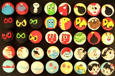 MY 25TH BIRTHDAY CUPCAKES- 80S CARTOONS! (hello naomi) Tags: cupcakes cartoon 80s dangermouse smurfs astroboy gumby sweettreats rogerramjet thetrapdoor