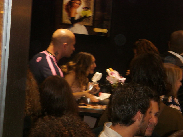 Sarah Jessica Parker @ Sephora Champs-Elysees 19.05.08 by Johann@