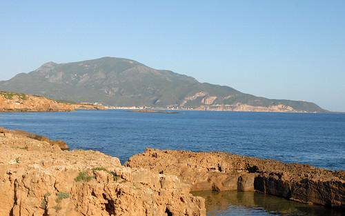 Le Chenoua et la baie de Tipaza par dalbera