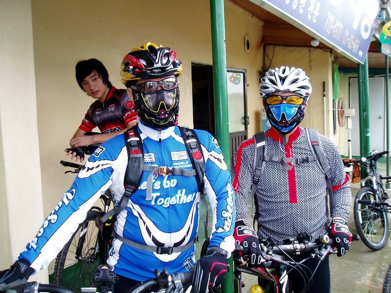 Robocyclists