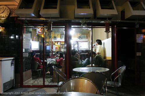 Mama V Restaurant-2.jpg