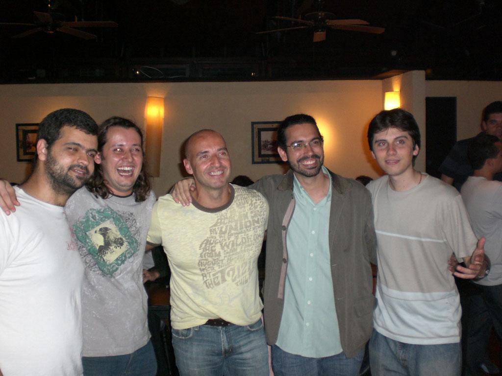 Foto com Bruno Torres, Henrique, eu, Manoel Netto e Fred.