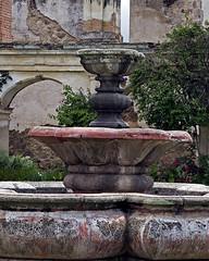 Convento de Santa Clara - Antigua Guatemala (PAL1970) Tags: latinamerica architecture canon arquitectura ruins guatemala ruin ruina ruinas latinoamerica centralamerica centroamerica antiguaguatemala eos30d pal1970