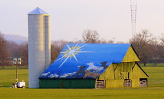 Cal Turner's Christmas Barn (SeeMidTN.com (aka Brent)) Tags: christmas barn star mural tn tennessee silo brentwood us31 williamsoncounty brentandmarilynnpersonalfavorite calturner tn6 bmok thingsthatarenowgone bmokotherbarn