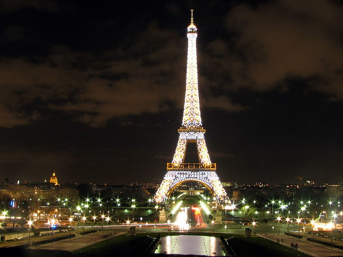Eiffel lighting