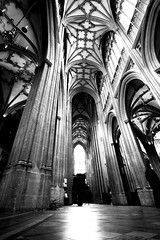 Astride, Bristol (archidave) Tags: uk england blackandwhite bw church monochrome architecture bristol pier arch crossing gothic medieval vault redcliffe stmary decorated thrust redcliff transept thrusting