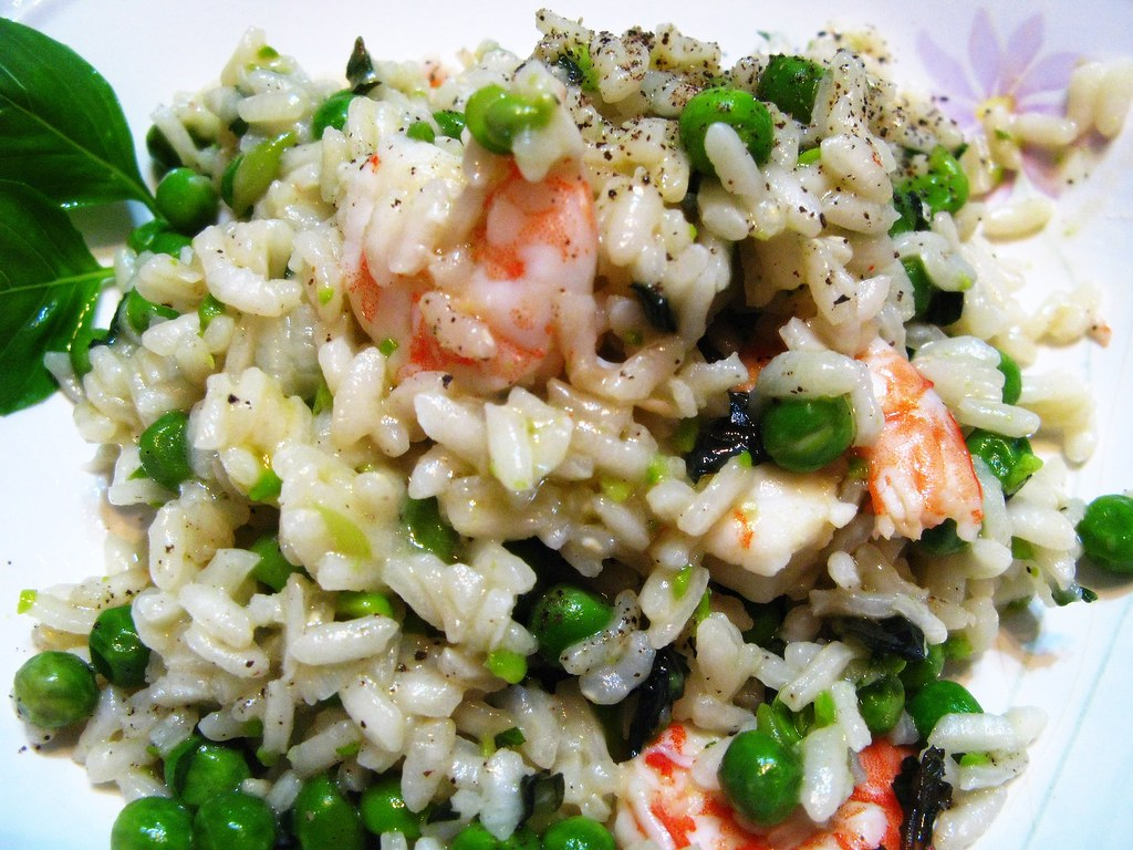 Risotto with peas, prawn, basil and mint