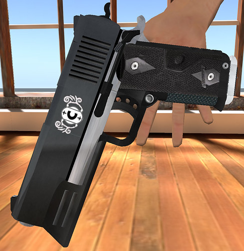 Second Life Gun Prop Close-up