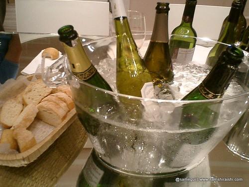 Degustação de vinhos da Cave Jado por você.