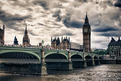 Big ben (Suein82) Tags: inglaterra england london thames río puente housesofparliament bigben cielo nubes londres contraste alto hdr tamesis dinámico rango
