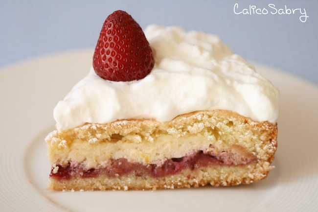 Strawberry and ricotta cake 1 3895