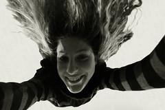 Rinascimental Freefall (uno74emezzo) Tags: bodylanguage wonderwoman divertenti bwdreams rinascimentalsaretta uno74emezzo seallafinetiviendavomitaredrettaamelacocacolanoncentra tucoltuoparacadute nuveniapocket